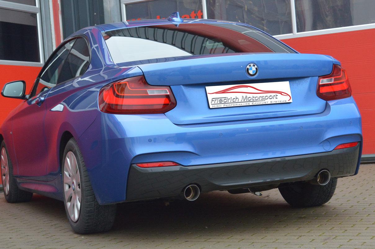 BMW-F22-220d-mit-M235i-Heck